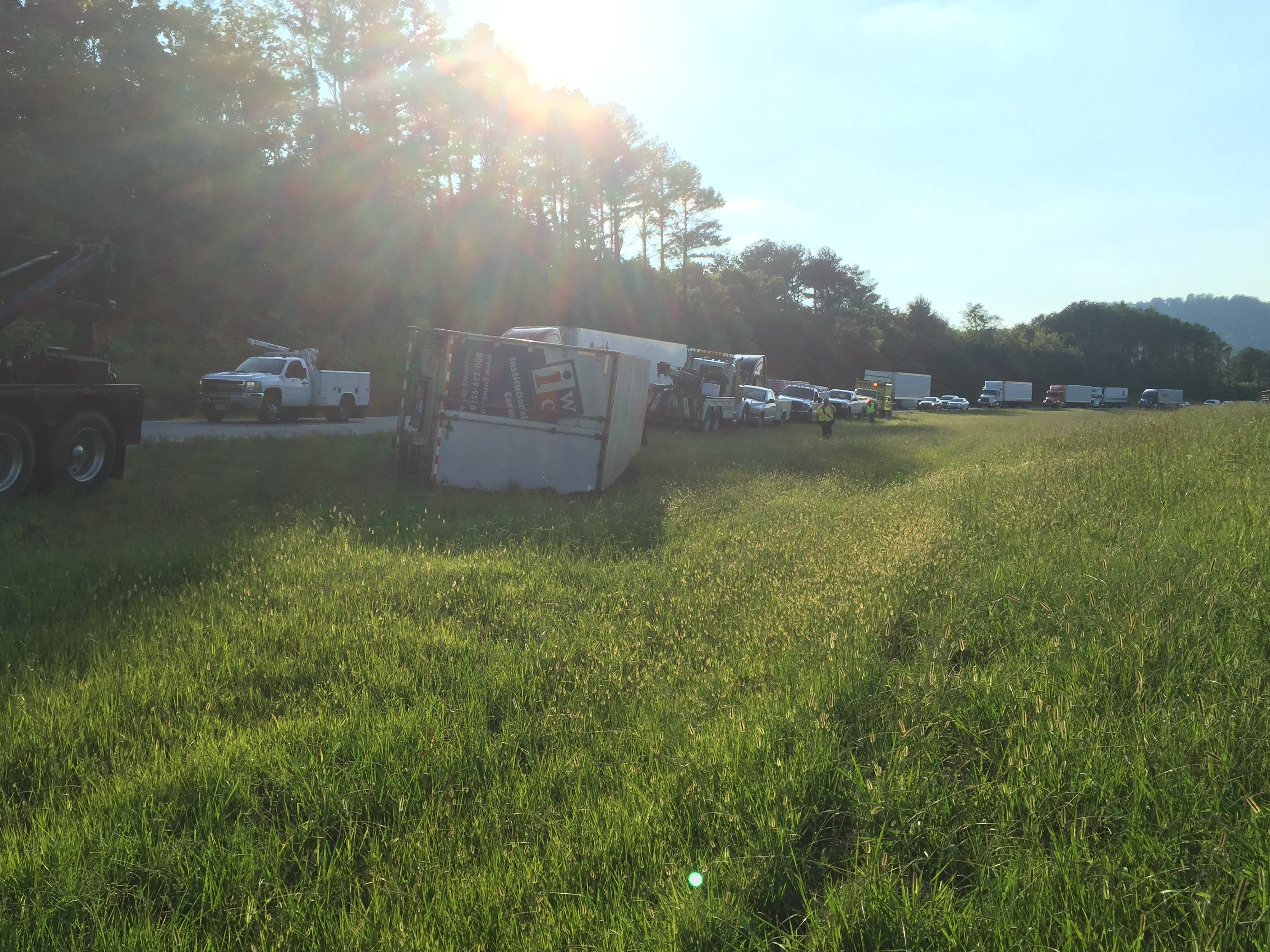 I-40 Shut Down Due to Truck Wreck | Smith County Insider