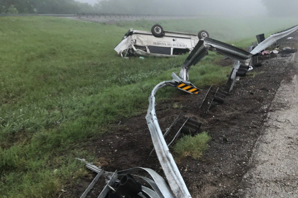 Single vehicle rollover accident on I-40 Sunday | Smith County Insider